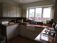 Greenfields Way, Carlton-in-Lindrick, WORKSOP Photo 4