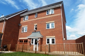 Arvina Close, North Hykeham, LINCOLN