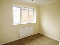 Leicester Close, KETTERING Photo 6