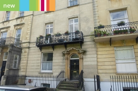 Garden Flat, 2 Gloucester Row, Clifton