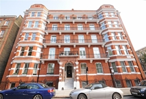Nevern Square, Earls Court, London Photo 8