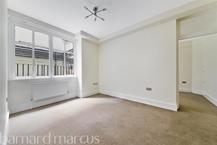 Bickenhall Mansions , Marylebone , W1U  Photo 2