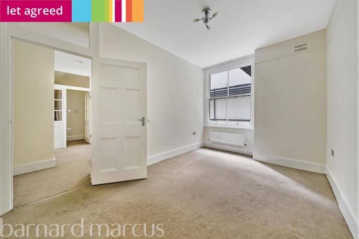 Bickenhall Mansions , Marylebone , W1U