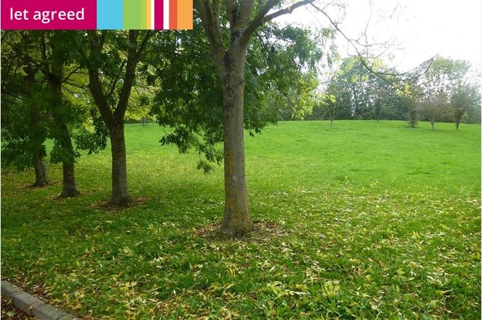 Burgess Gardens, NEWPORT PAGNELL