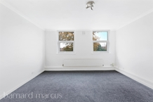 Portsmouth Road, THAMES DITTON Photo 6