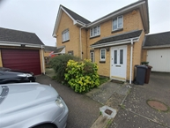 Spinnaker Close, BARKING Photo 9