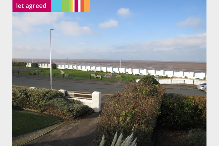 Meols Parade, Meols, WIRRAL