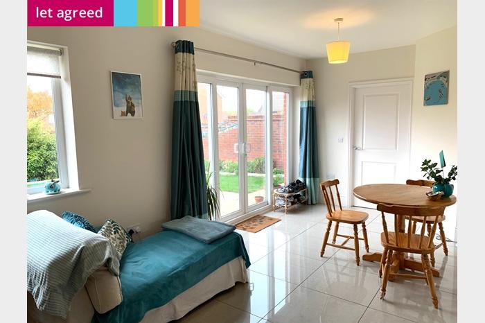 Tinding Drive, BRISTOL - 4 Bedroom House - Swetenhams